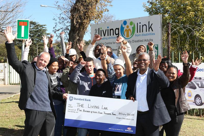 Living-Link-Managing-Director-Stanley-Bawden-engen-sa-good-news