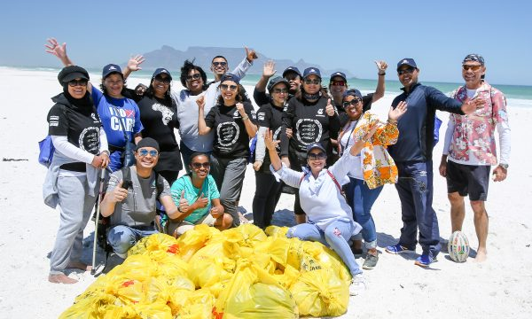 Engen employee's clean-up Blaauwberg Nature Reserve