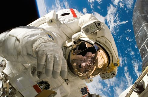 NASA Astronaut Returns for Living Maths Space Tour
